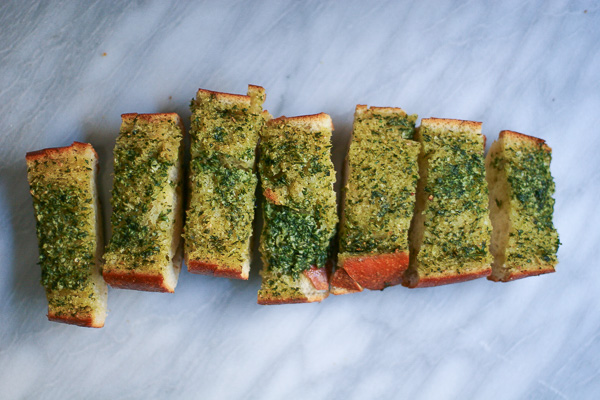 herbed garlic bread | ericajulson.com