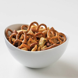 200912-xl-maple-soy-snack-mix