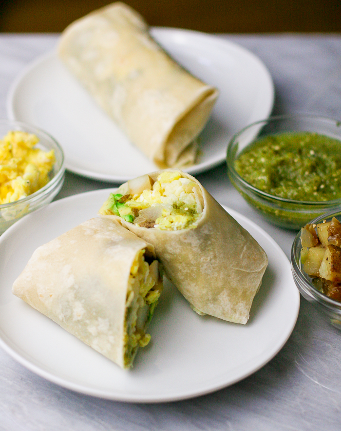 Salsa Verde Breakfast Burritos