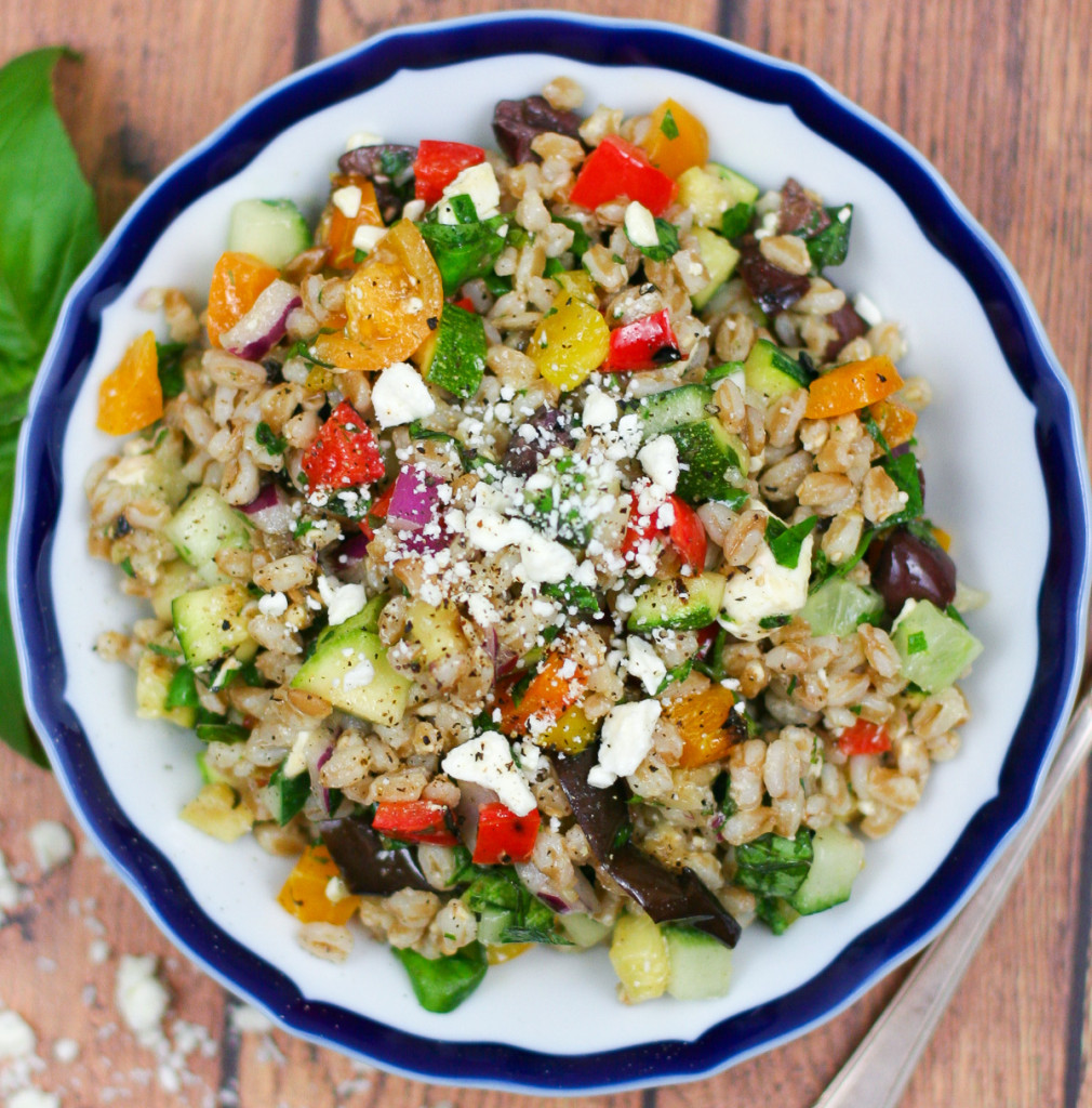 Farro Salad with Summer Vegetables - Perfect for summer!