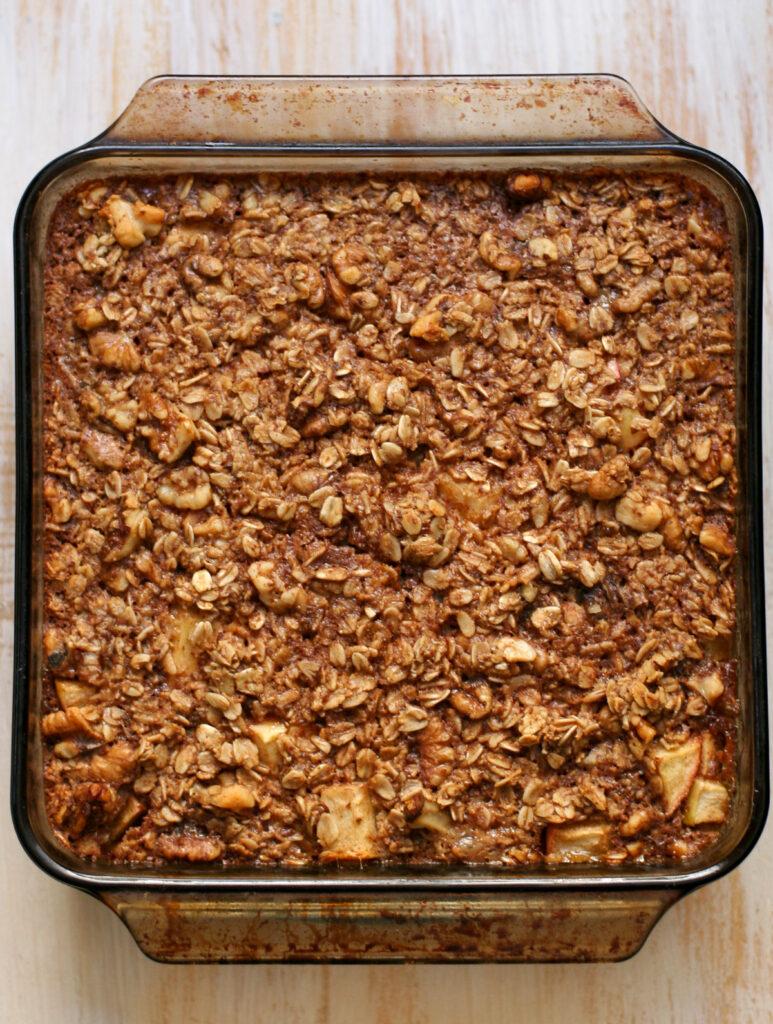 Warm Apple Cinnamon Baked Oatmeal