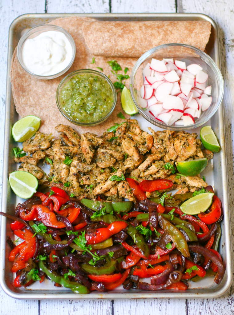 Verde Chicken Fajitas-3