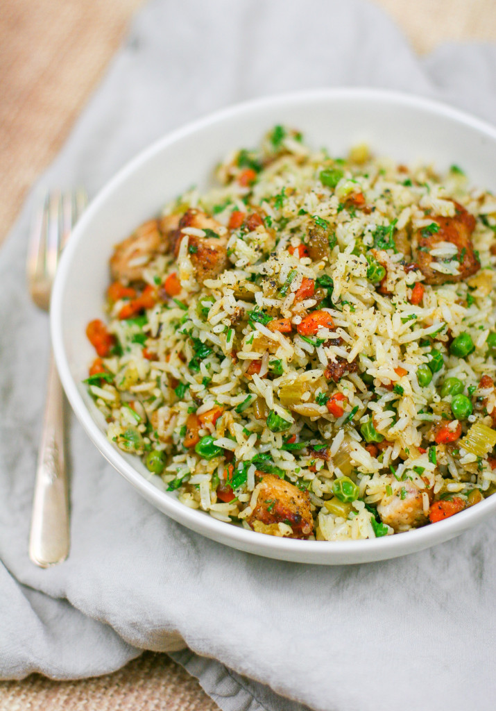 Easy Herbed Chicken and Rice with Vegetables