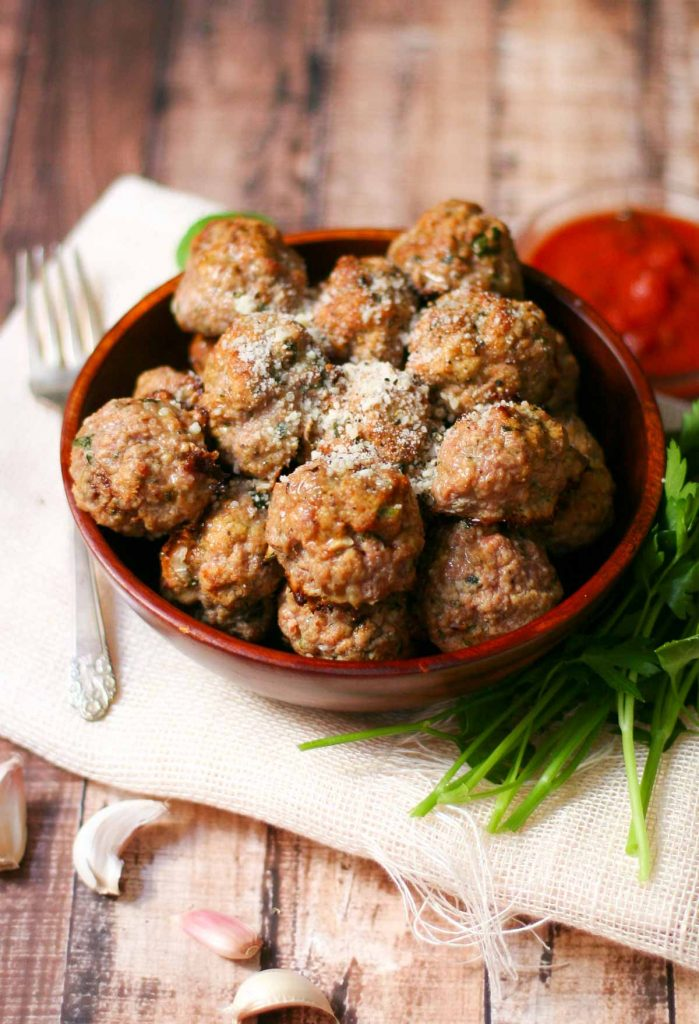 Baked Turkey Meatball Recipe - Just brush with olive oil & pop in the oven for 20 minutes